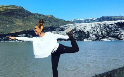 ¡Irene nos inspira con su inolvidable experiencia de un campo de yoga en Islandia!